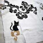 画像11: LIN (リン) 黒猫Lamy &ネズミEarl 唐草かくれんぼ プリント 刺繍 Tシャツ  ATL-75002 (11)