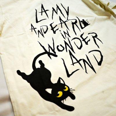 画像1: LIN (リン) 黒猫Lamy &ネズミEarl  黒猫Lamy&ネズミEarl [ WONDER LAND ] プリント 刺繍 Tシャツ  ATL-75017