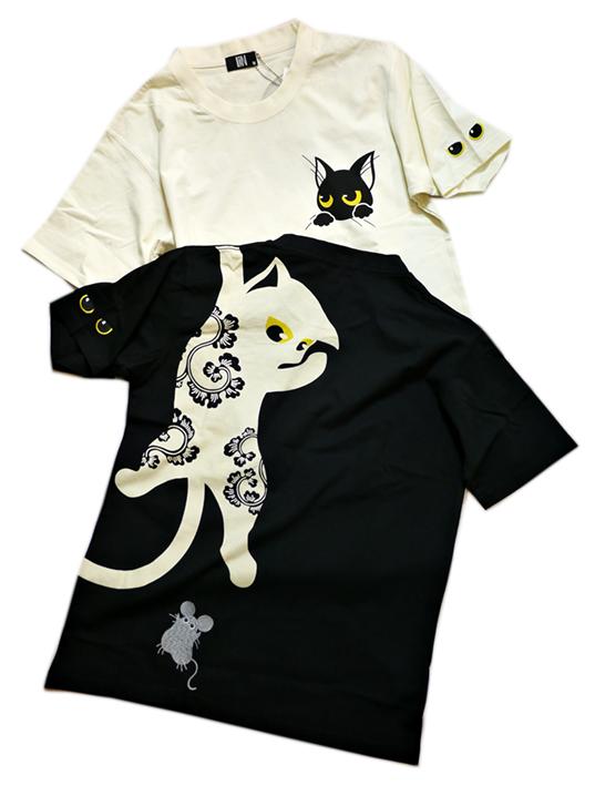 画像1: LIN (リン) 黒猫Lamy &ネズミEarl  ぶら下がりラミ&ジャンピングアールTシャツ  プリント 刺繍 Tシャツ  ATL-75015 (1)